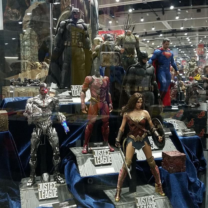 Figuras Hot Toys La Liga de la Justicia