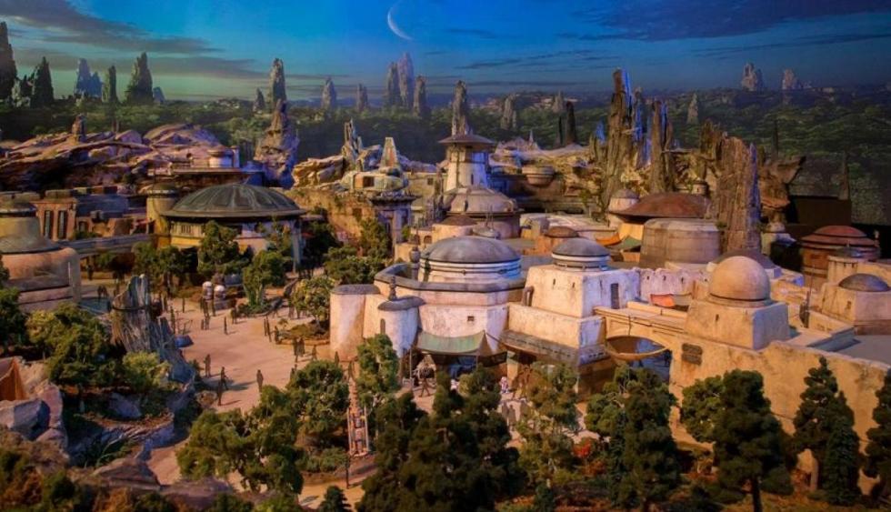 Disney, Disney Park, Praque Temático