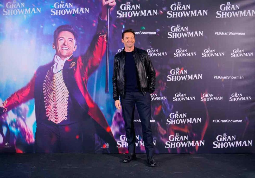 Image result for el gran showman poster firmado