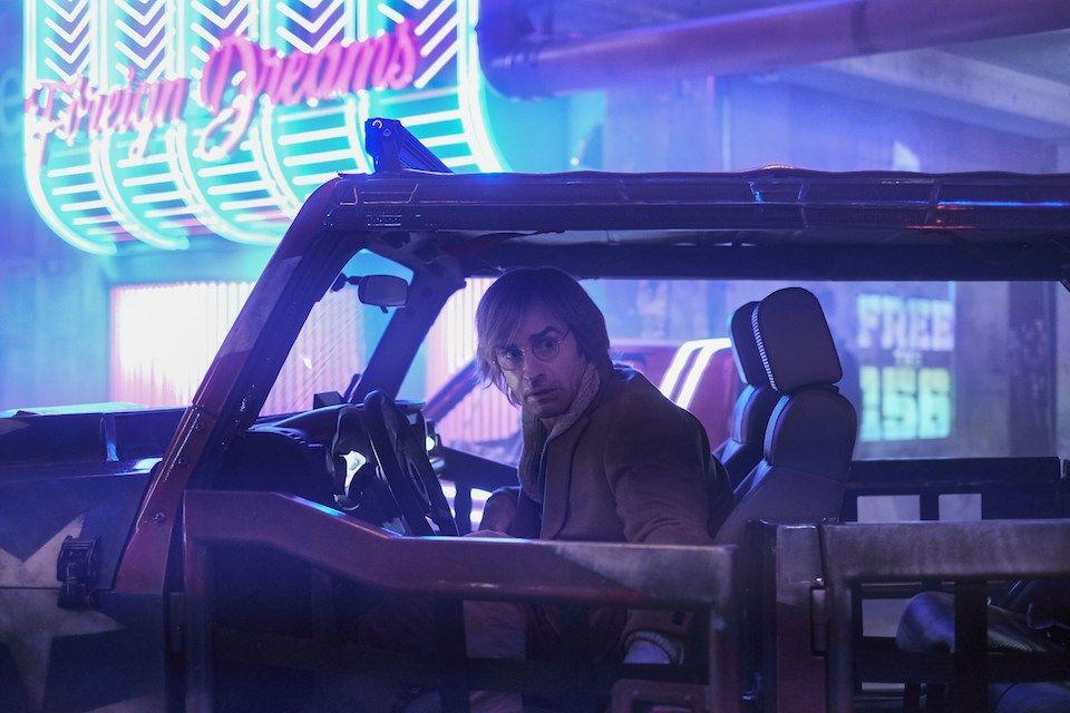 Imagenes de Mute, la película cyberpunk de Netflix