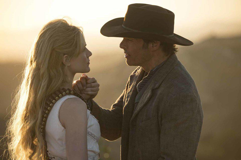 Evan Rachel Wood y James Marsden en la temporada 2 de Westworld