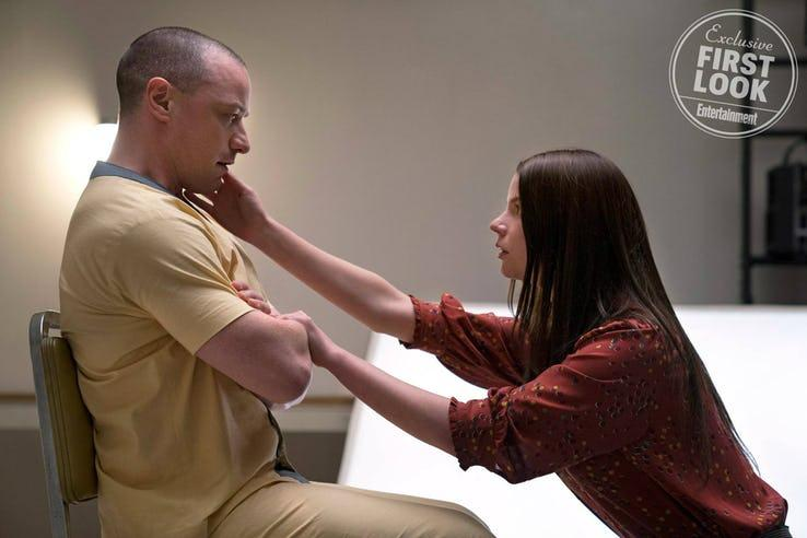 Glass - James McAvoy y Anya-Taylor Joy