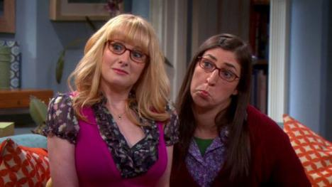 Amy y Bernadette estarán en las temporadas 11 y 12 de The Big Bang Theory
