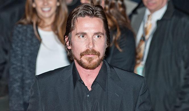 Christian Bale, muy flaco para el papel de Enzo Ferrari