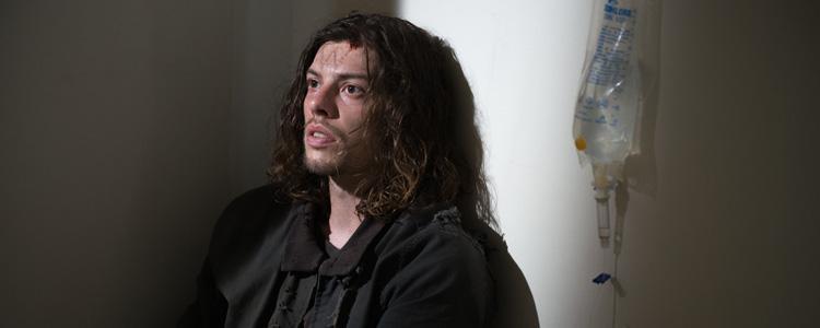 Benedict Samuel pasa de The Walking Dead a Gotham, se convierte en el sombrero loco