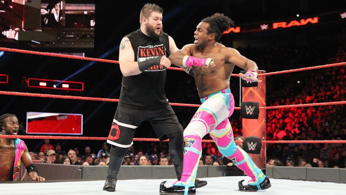 The New Day vs Chris Jericho y Kevin Owens vs Seth Rollins y Roman Reigns