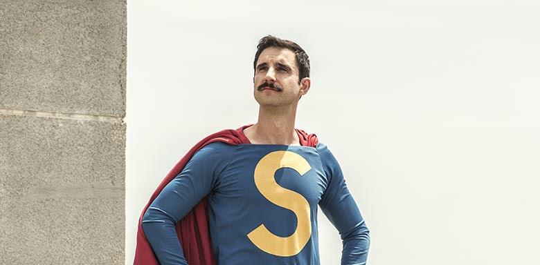 Dani Rovira como Superlópez