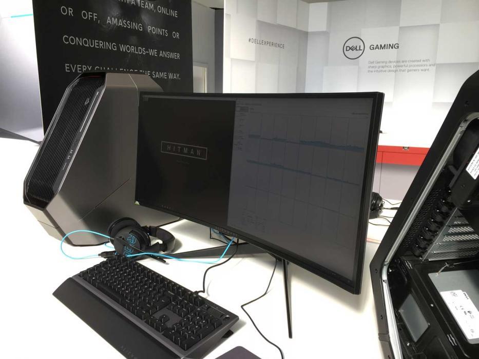 Alienware monitor curvo