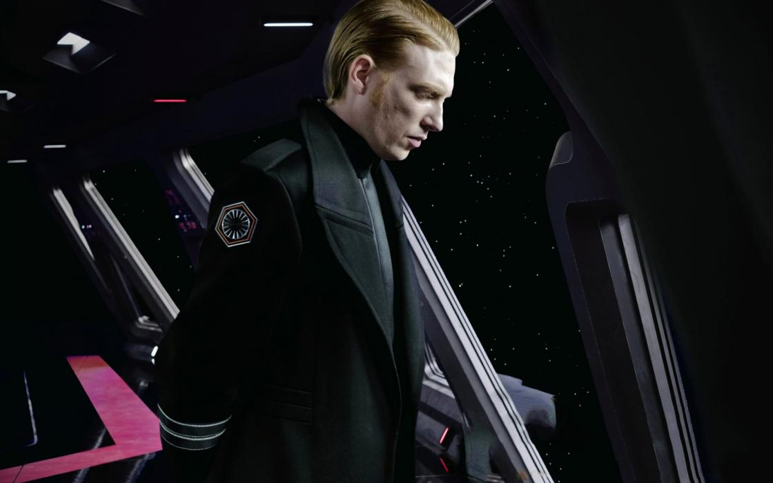 General Hux en Los últimos Jedi