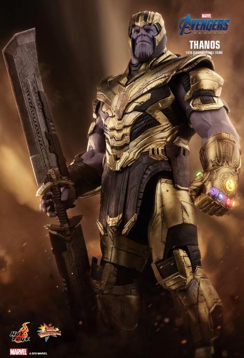 Thanos Hot Toys